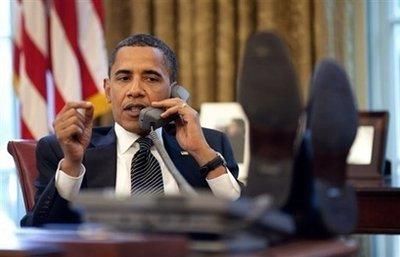 Obama speaking with Israeli Prime Minister Benjamin Netanyahu.